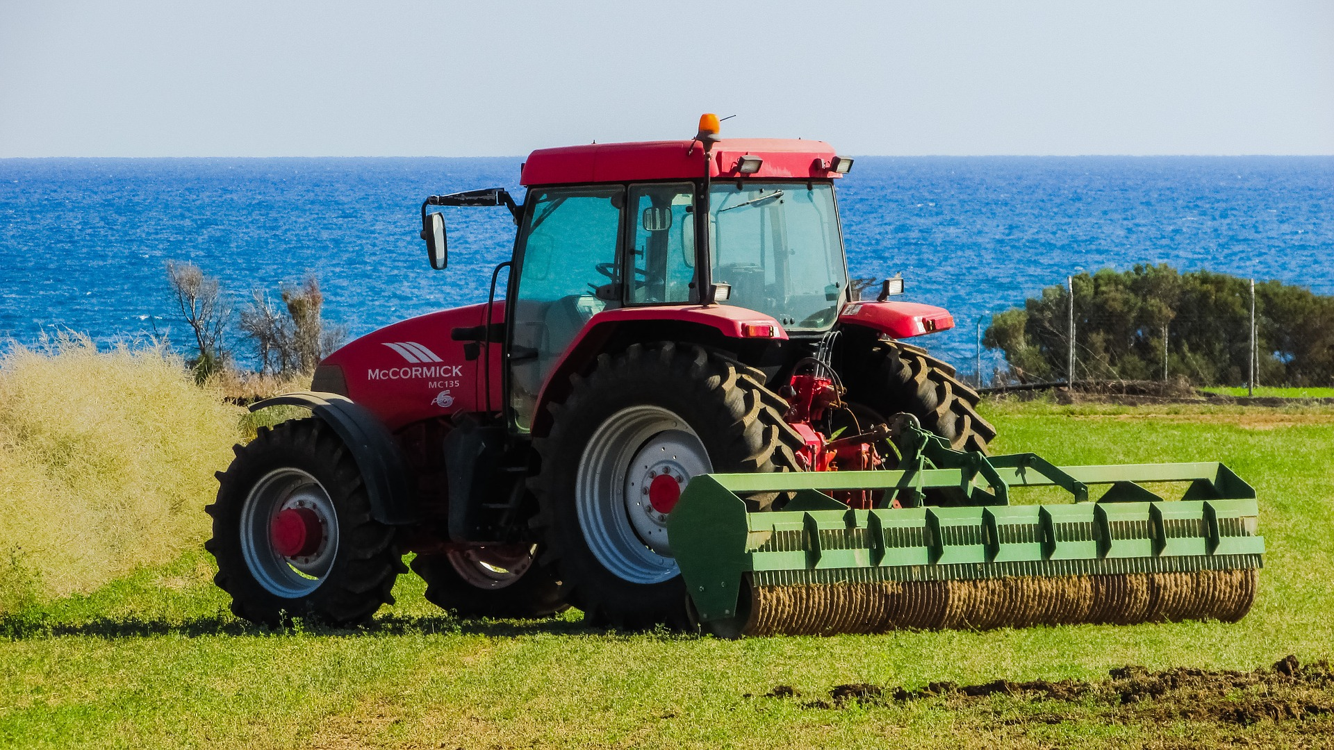 tractor-1748633_1920